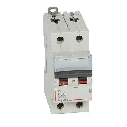 DX3 2P C20 6000A