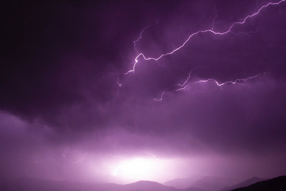 lightning-on-the-sky-1294229.jpg