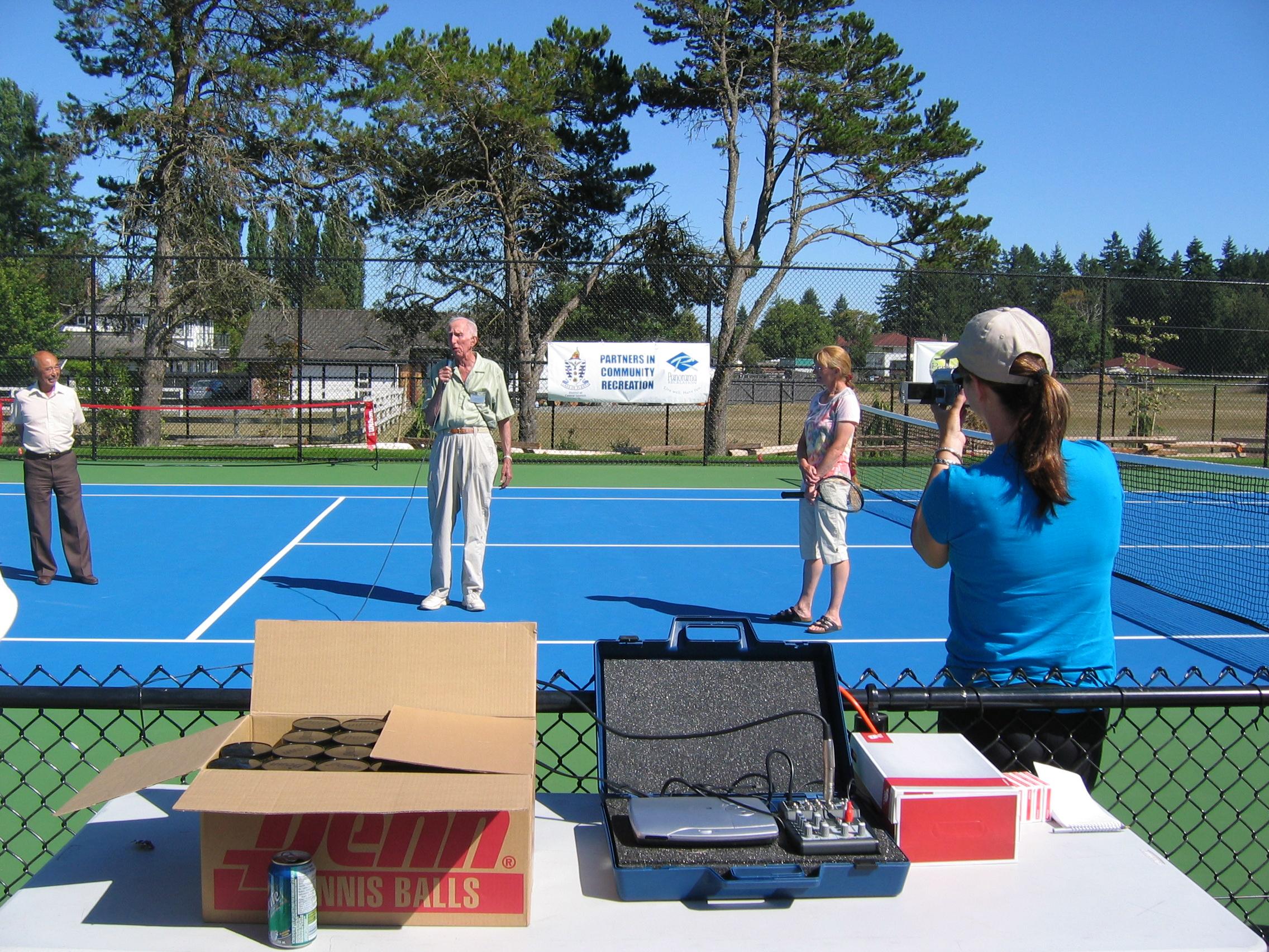 tennis courts at centennial park