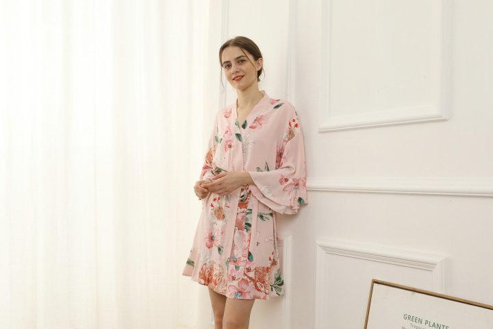 Blush Floral Ruffle Robe