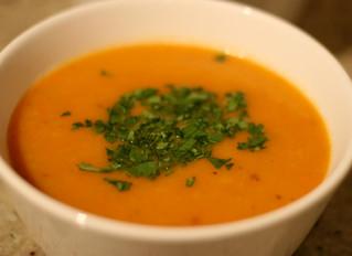 Sopa de zanahoria al curry y jengibre