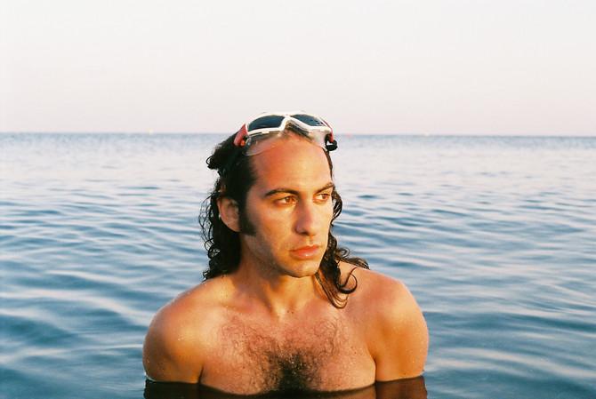 dan in the sea