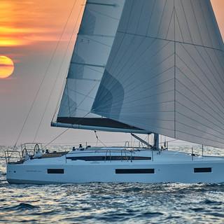 Sun Odyssey 410 (16).jpg