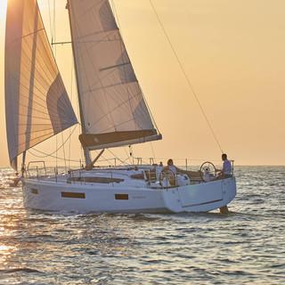 Sun Odyssey 410 (9).jpg