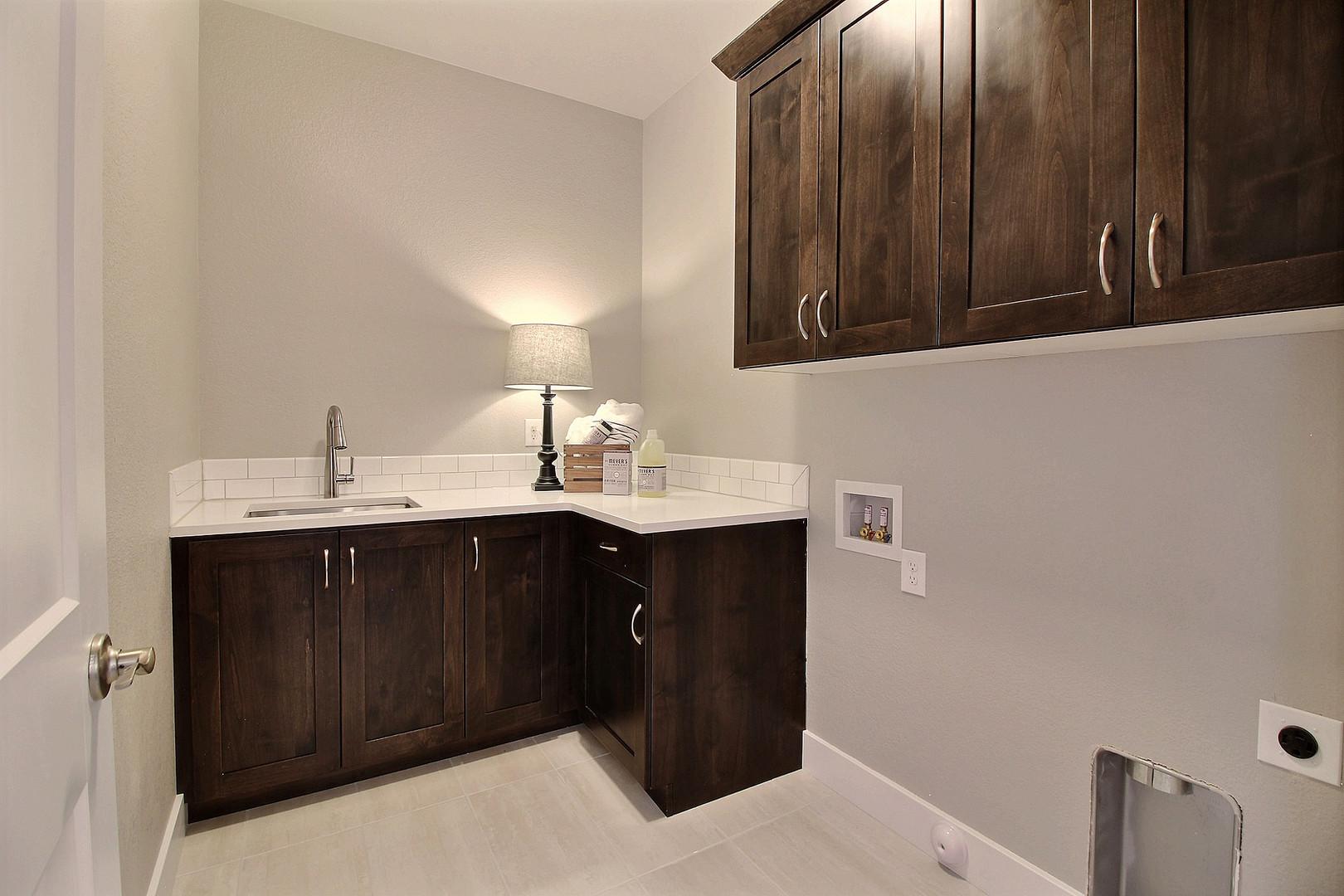 32-Main Floor Laundry Room.jpg