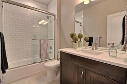 31-Main Floor Bathroom.jpg