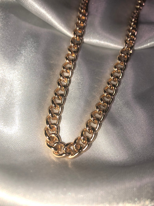 """""""Dainty"""" Gold Chain Necklace"""