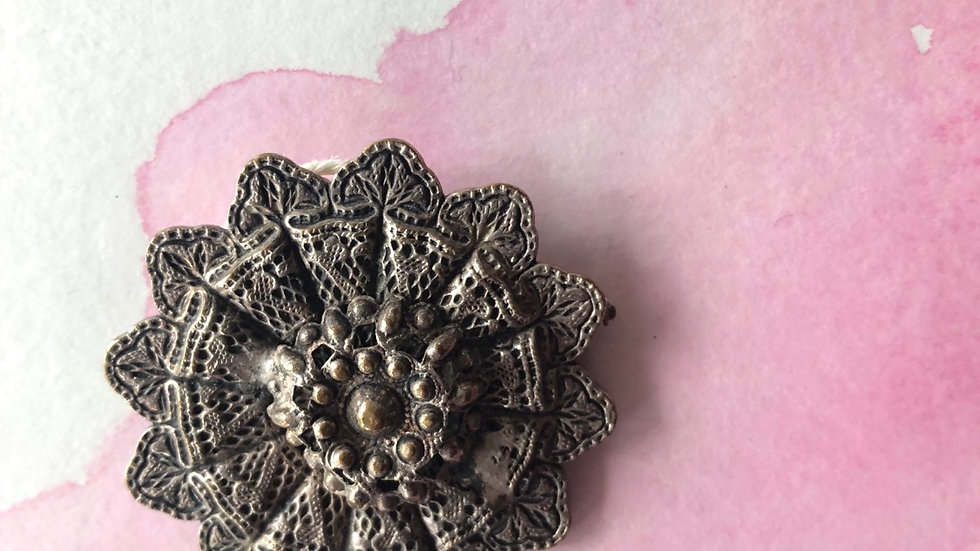 Vintage broche mandala silverplate