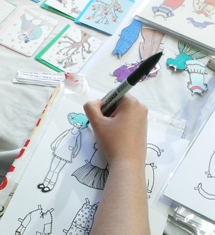 A craft for one & all: How to colour in your paper doll