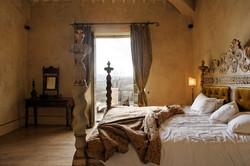 Borgo Santo Pietro bed2.jpg