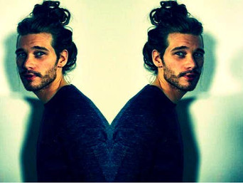 5 REAL Reasons We Love The 'Man Bun' (According To Science)