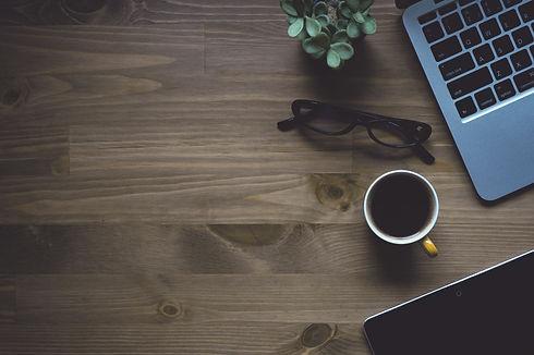 laptop-desk-table-coffee-light-wood-9124