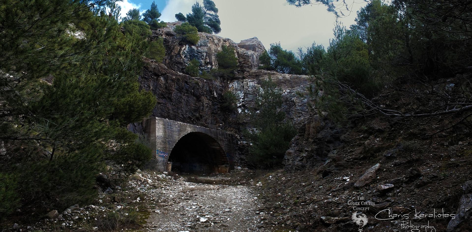 ΣΠΗΛΑΙΟ ΠΕΝΤΕΛΗΣ - ΝΤΑΒΕΛΗ