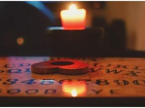 Είναι επικίνδυνος ο πίνακας Ouija;