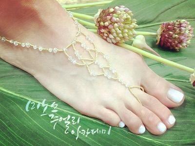 #베어풋샌들 #비치샌들 #해변아이템 _#커스텀쥬얼리 #여름패디큐어 #여름발찌 #핸드메이드액세서리 #악세사리그램 #barefoot #barefootsandals
