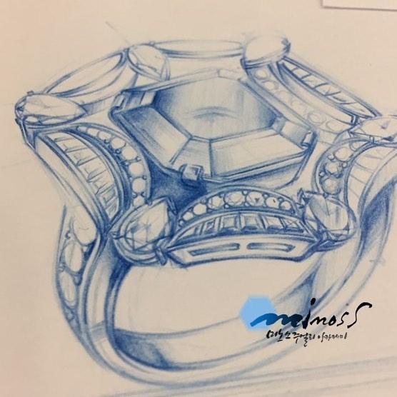 주얼리디자이너를 위한 핸드드로잉 연필스케치 정확한 반지투시도에서 뿜어져나오는 명암 표현~~ 함께 배워요!!! #jewelrysketch #bulgariring #주얼리디자이너 #핸