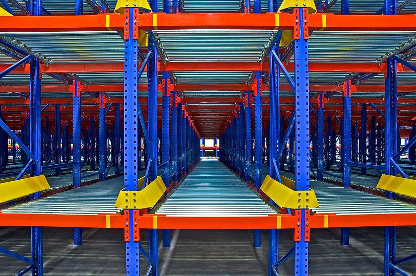 warehouse-shelving-rack-system-PFHA5LQ.j