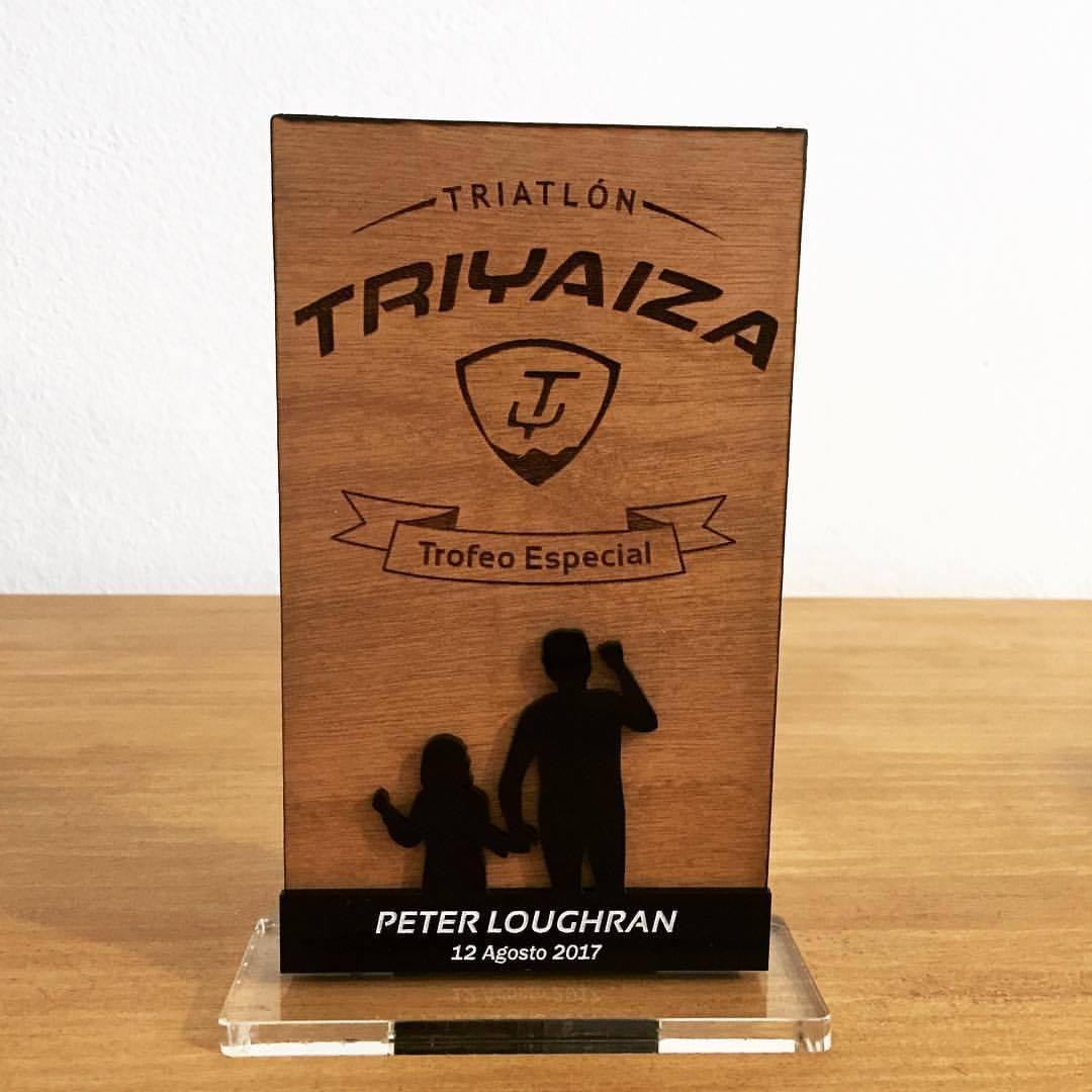 Trofeo especial Peter Loughran para Triyaiza Run
