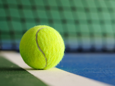 CHS Girls' Tennis Sweeps Hillsboro