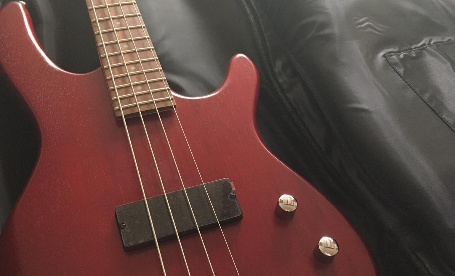 Basszusgitár 2..jpg