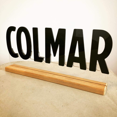 PLV colmar bois plexiglass.jpg