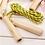 Thumbnail: Springseil mit Holzgriffen für Kinder