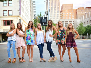10 Clothing Tips for Your Senior Session!