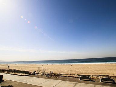 440 Manhatten Beach Exterior