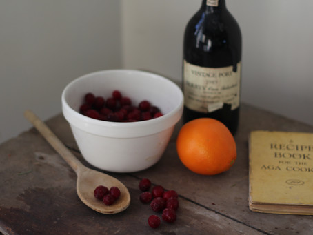 How to make fresh cranberry sauce