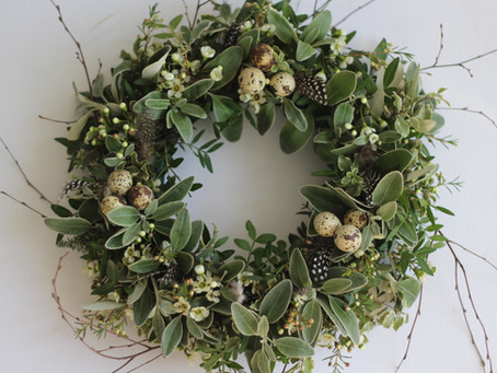 How to make an Easter Wreath Decoration