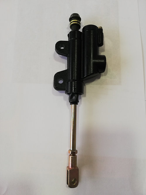 Maître cylindre de frein AR