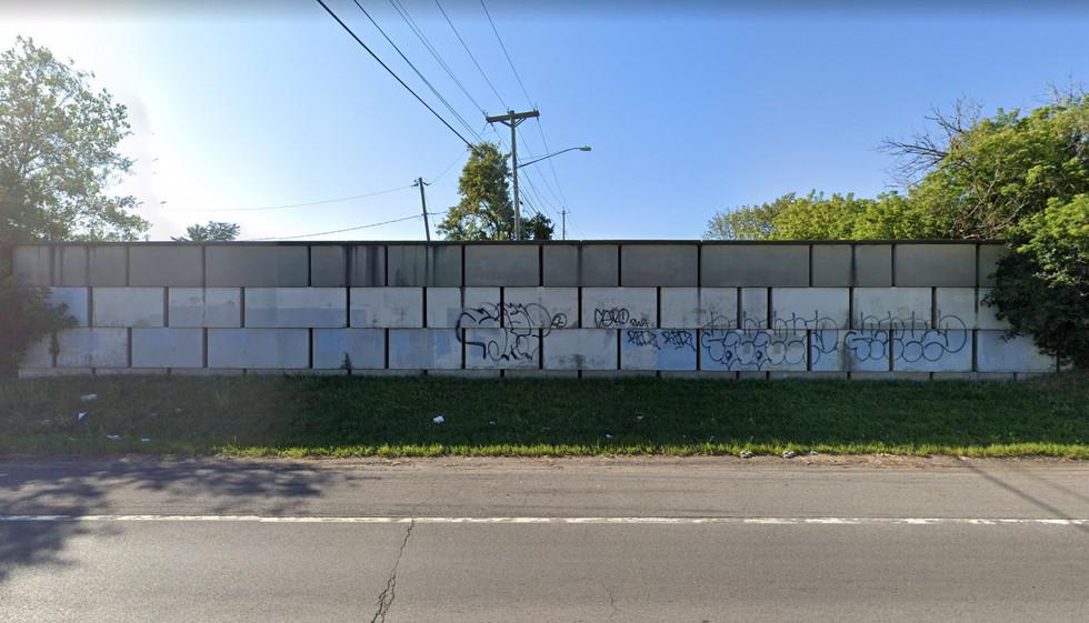 I-81_Concrete Block Wall.JPG