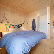 BarrettsGrove_Bedroom1_00.jpg