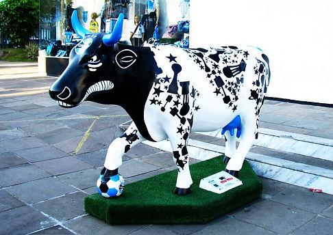 Cow Parade - Tricowlor 2010
