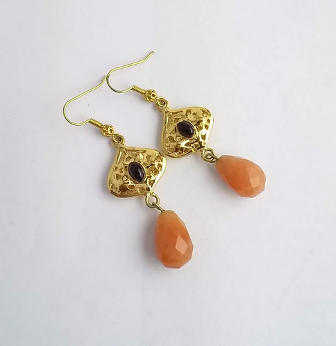 LONG EARRINGS WITH NATURAL STONES