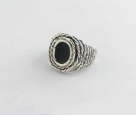 MAN RING WITH BLACK ENAMEL