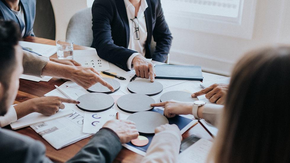 business-team-meeting-NBXQK66.jpg