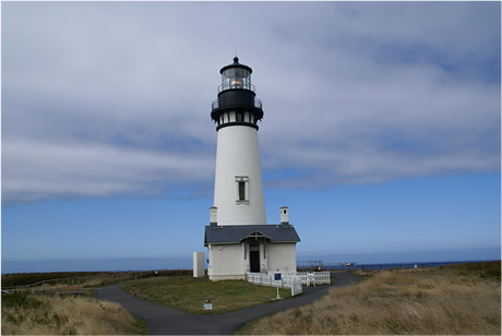 Yaquina Lighthouse.png