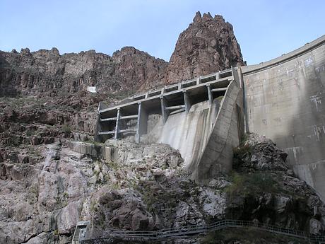 Horse Mesa Dam.png