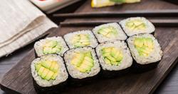 Simple-Sushi-Recipe-750x400