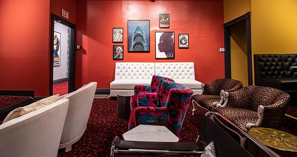 moviehouse bar-screening room-6_edited.png