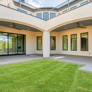 starwood-custom-homes-means-residence