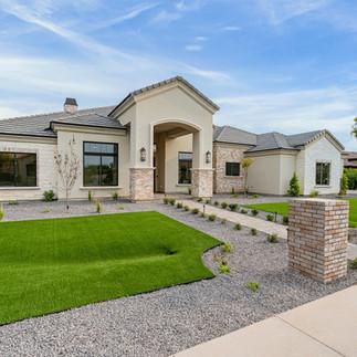 starwood-custom-homes-jones-residence-2-2.jpg