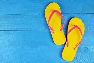 04-summer-hacks-flip-flops.jpg