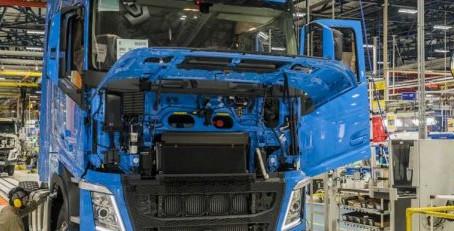 Mercado de caminhões avança 8,69% em julho foram emplacadas 9.522 unidades no último mês, ante 8.761