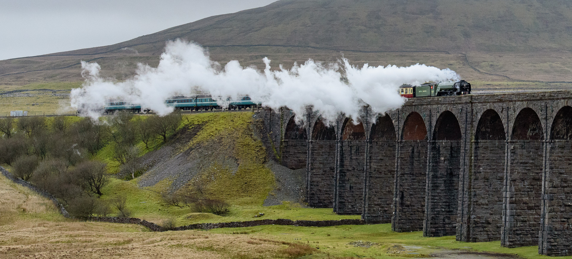 Tornado crossing Ribblehead Viaduct