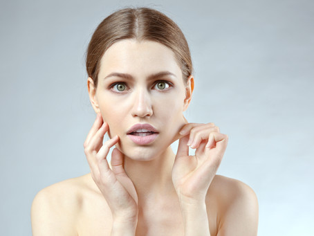 SHOULD I TOUCH MY FACE? FACE MASSAGE MYTHS AND TRUTH.