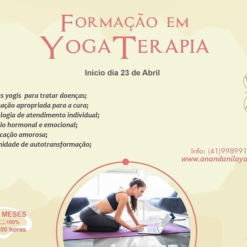 Treinamento em Yoga Terapia   100% On-line - 350 horas