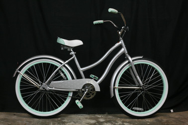 #788 Huffy Crusier 24in
