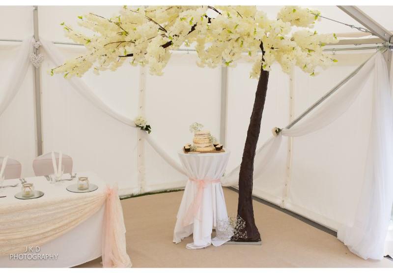Clifden Arms Wedding Day-122.jpg